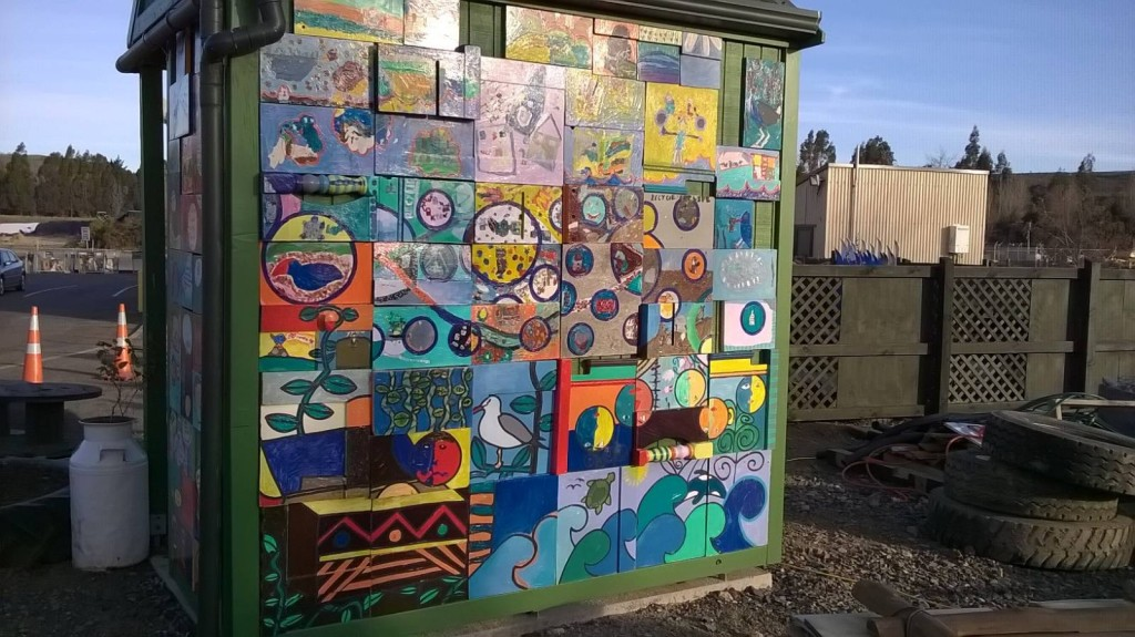 Bus shelter painted panels 8